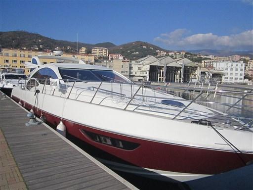 azimut 62 s a motore usato in vendita barche e yacht azimut 62 s usato. Black Bedroom Furniture Sets. Home Design Ideas