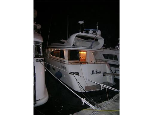 fipa maiora 20 a motore usato in vendita barche e yacht fipa maiora 20 usato. Black Bedroom Furniture Sets. Home Design Ideas